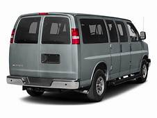 2018 Chevrolet Express Passenger RWD 2500 135 LS Pictures