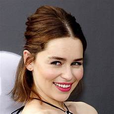 Emilia Clarke Clarke - emilia clarke biography biography