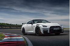 2020 nissan gt r nismo takes to the track shows lighter