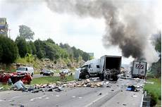 highway 41 accident yesterday two people killed in interstate 70 crashes on monday news columbia daily tribune columbia mo