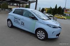 Renault Zoe 2016 Are Acum O Baterie Cu 300 Km Autonomie