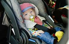 Babyschale Wie Lange Darf Dein Darin Liegen