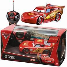 ferngesteuertes auto ab 3 jahren simba rc lightning mcqueen cars ferngesteuertes auto ferngesteuert rennauto neu ebay
