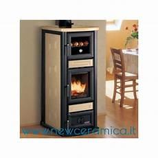 rivestimento forno a legna stufa a legna stella con forno rivestimento in ceramica