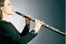 Kostenlose Malvorlagen Oboe Klassisches Musiker Oboe Spielen Stockbild Bild