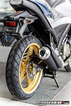 Modifikasi All New Vixion 2018 by Modifikasi Yamaha All New Vixion 150 Cc Velg Cat Warna