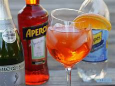 Aperol Spritz Cocktails - aperol spritz mixed and mashed