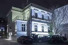 haus garten außenbeleuchtung ins richtige licht setzen ivv immobilien vermieten