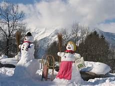 quot ein schneemann mit seiner schneefrau quot bauernhof vitalhof