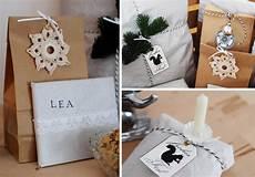 geschenke verpacken mit packpapier leelah