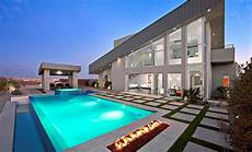15 Dramatic Modern Pool Areas With Pits Home Design