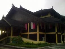 Pecidasase Rumah Adat Melayu Kalimantan Barat