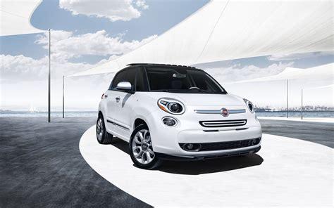 2013 Fiat 500l Wallpaper