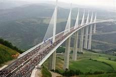 viaduc de millau millau viaduct feel the planet