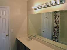 a builder s minimum bathroom gets a maximum makeover diy