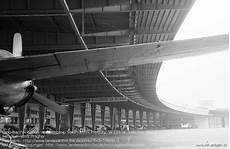 fotograf berlin tempelhof der flughafen berlin tempelhof im kalten krieg airfield directory