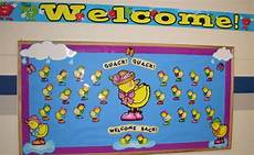 what a spring y bulletin board love this and love those dj inkers duckies spring fever