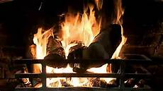 crackle noise classic fireplace video with crackling fire sounds full hd youtube