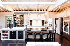 10 modern kitchens that any home chef would restaurant quality appliances for home chefs wsj