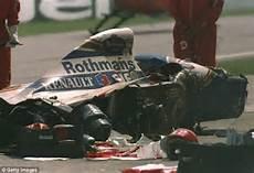 Ayrton Senna Unfall - ayrton senna through the of a fan lewis hamilton