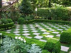 Creative Ideas For Using Paving Slabs In The Garden