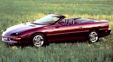 how cars work for dummies 1996 chevrolet camaro instrument cluster 1996 chevrolet camaro specifications car specs auto123