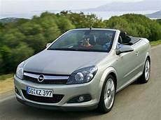 Car Pictures Opel Astra Twintop 2007