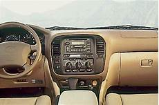automotive service manuals 1998 toyota land cruiser interior lighting 1998 07 toyota land cruiser consumer guide auto