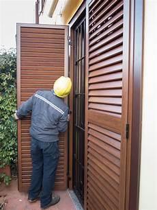 persiane legno sostituire le persiane le foto di un installazione a