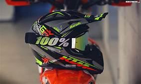 Kiska Designed 2015 KTM Airoh Aviator 21 Helmets