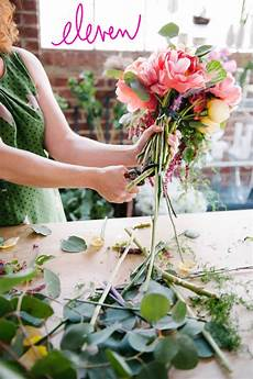 how to make a colorful oversized wedding bouquet
