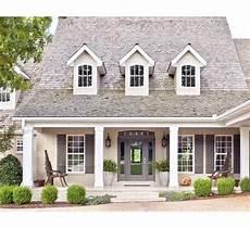 15 cape cod house style ideas and floor plans interior exterior cape cod house interior