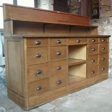 meuble ancien d occasion ancien et superbe meuble de pharmacien 17 tiroirs toutes