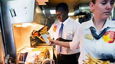 Kitchen Manager Wages by What It Was Really Like To Work At Labor Nominee Puzder S