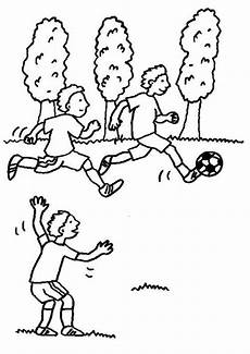 kostenlose malvorlage sport jungen beim fu 223 ballspielen