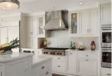 Backsplash Ideas For White Kitchen Cabinets Beautiful And Refreshing Kitchen Backsplash For White