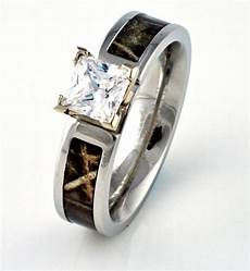 camo wedding rings with real diamonds