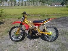 Modifikasi Motor Fiz R Jadi Trail by Modifikasi Motor Yamaha Fiz R Menjadi Motor Cros Lengkap
