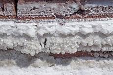 feuchtigkeit im mauerwerk beseitigen feuchtigkeit im mauerwerk extrahierger 228 t f 252 r polsterm 246 bel
