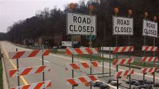 hwy 30 closed eastbound route 30 closed to all traffic in east pittsburgh cbs pittsburgh