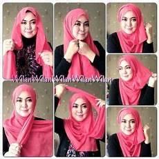 Model Jilbab Untuk Wajah Bulat Dan Berkacamata Seputar Model