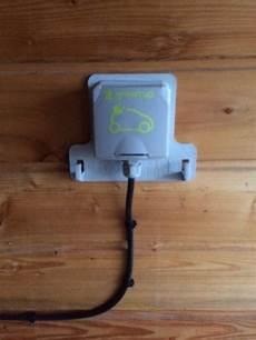 installation prise electrique pour voiture prise legrand green up