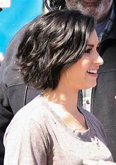 10 bob hairstyles for thick wavy hair
