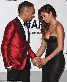 Lewis Hamilton Cannot Distract Himself From