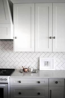 Subway Tile Backsplash Ideas For The Kitchen 35 Ways To Use Subway Tiles In The Kitchen Digsdigs