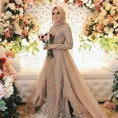 96 Model Kebaya Modern Brokat Muslim Simple 2019