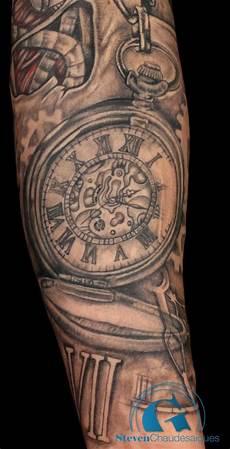 tatouage montre a gousset avant bras tatouage bras homme montre tatouages et piercings