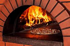 Pizza Steinofen Bauen - building a brick oven for successful outdoor entertaining