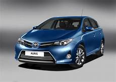 toyota auris hybride in4ride brand new 2013 toyota auris unveiled