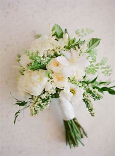 similar style of bouquet so combo this with other one